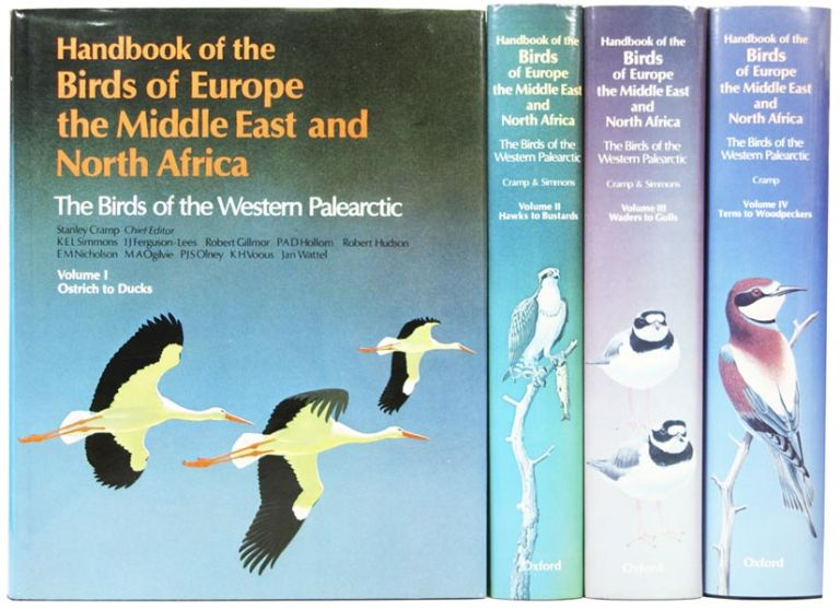 The Birds of the Western Palearctic: Birds of Europe the Middle East and North Africa. Stanley CRAMP.